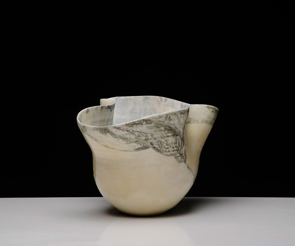 Title: Give and Take IV, 2012. Size: 23x35x26cm. Medium: Thrown and Altered Porcelain