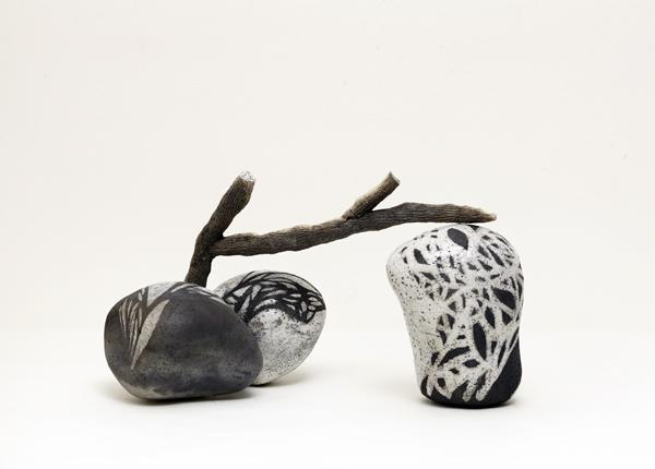 Title: Balancing the world III, 2015, Medium: hand built raku fired ceramics, Size: 25x55x40cm, Artists: Belinda Fox and Jason Lim